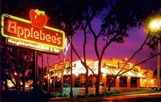 Applebee's : Restaurant Apple bee's 80 Centre Drive, Plattsburgh 12901