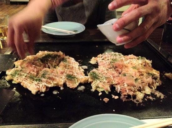 Asakusa Okonomiyaki Sometaro : preparing