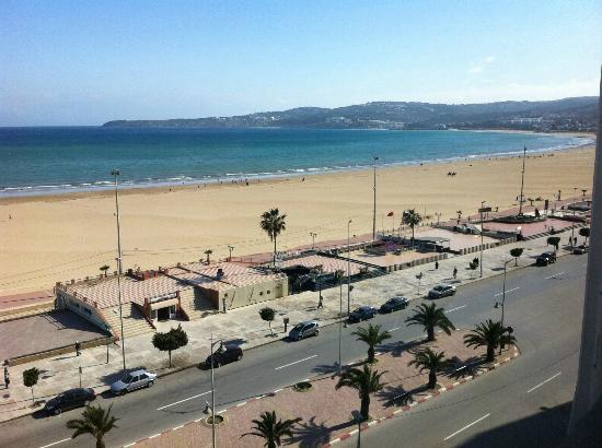 Kenzi Solazur: view from 6th floor room