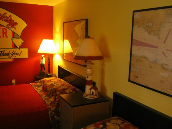 Sandy Cove Inn: Room