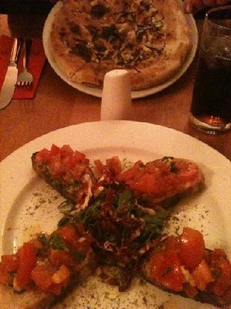 Posillipo: garlic & rosemary bread, bruschetta