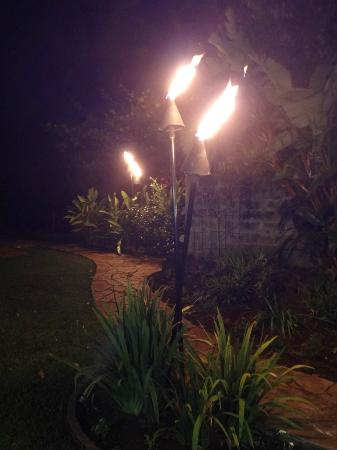 Maui Tradewinds: Tiki torches at night!