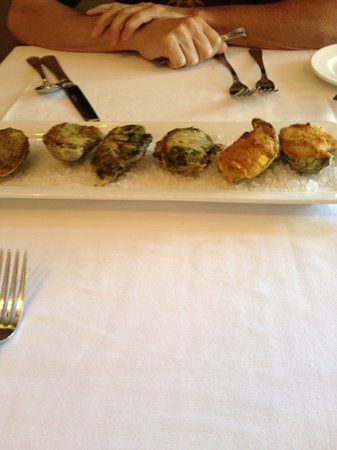 Jolies Louisiana Bistro: Roster Oyster