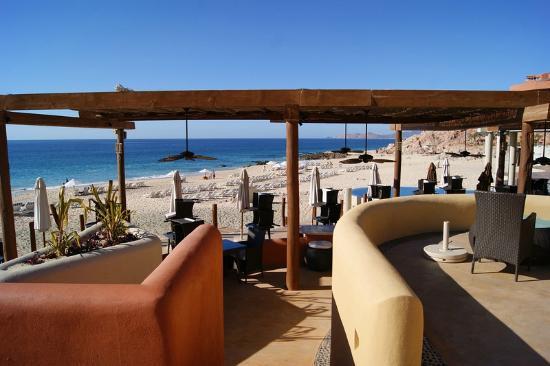 Club Regina Los Cabos: Westin cafe off beach and their pool viewed from the club Regina pool