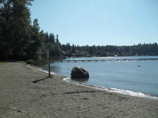 Lake Goodwin RV Park: Lake View