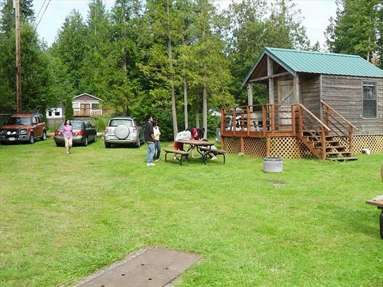 Lake Goodwin RV Park: Play Area