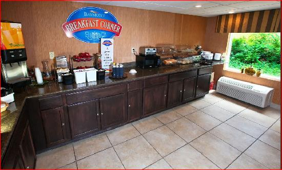 Baymont Inn & Suites Branson-On the Strip: Breakfast Room