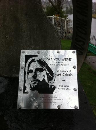 Kurt Cobain Memorial Park: memorial