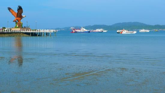Langkawi Legend Park: Eagle Square, jetty, ferries, blue sea, blue sky