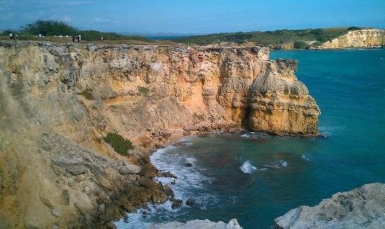 vista desde el faro a playa sucia by.gel99t