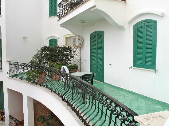 Hotel Parco Maria Terme: terrazzino della camera
