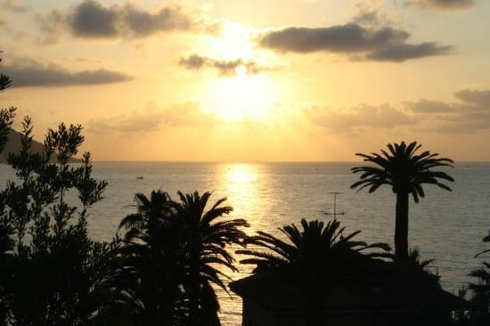 Hotel Moresco: heel mooi en goed alleen het strand viel erg tegen.