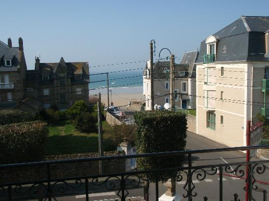 La Villefromoy : View from Room 4
