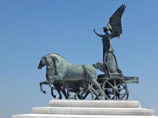 The other bronze chariot - Terrazza delle Quadrighe - Picture of ...