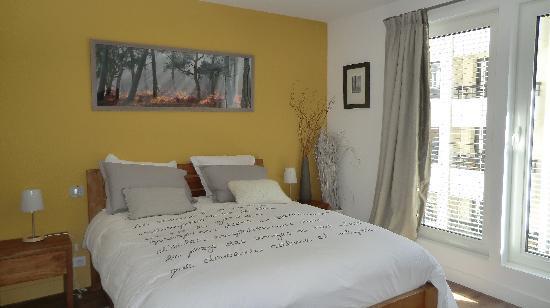 La Maison de Claire: Ambre Room