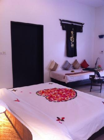 La Maison d'Angkor: lit de notre nuit de noces