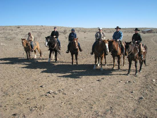 Burnt Well Guest Ranch: Getting ready for the big ride