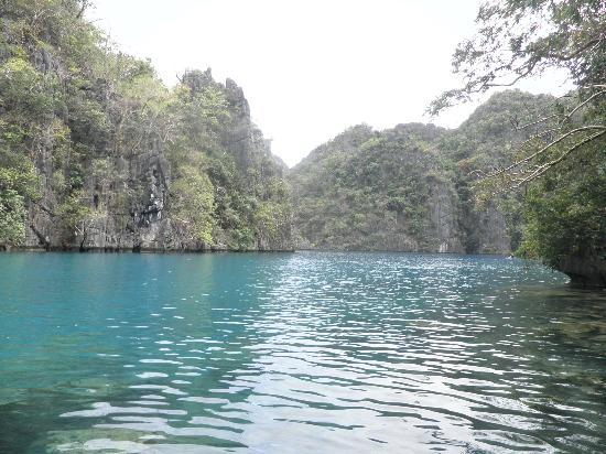 Kayangan Lake : A sense of calm and tranquility