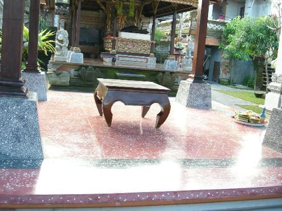 Pondok Pundi Village Inn & Spa: public area