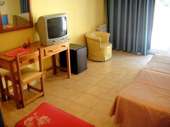 Hotel Marco Polo II : Room