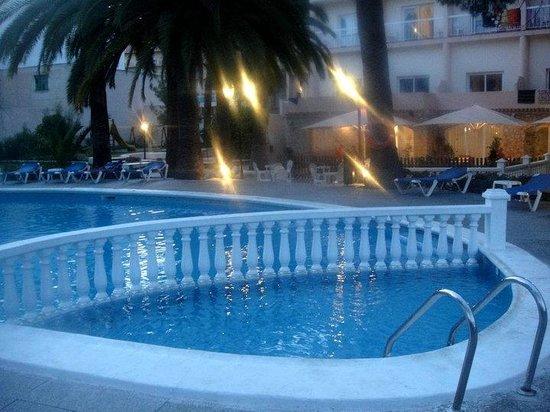 Hotel Marco Polo II: Pool