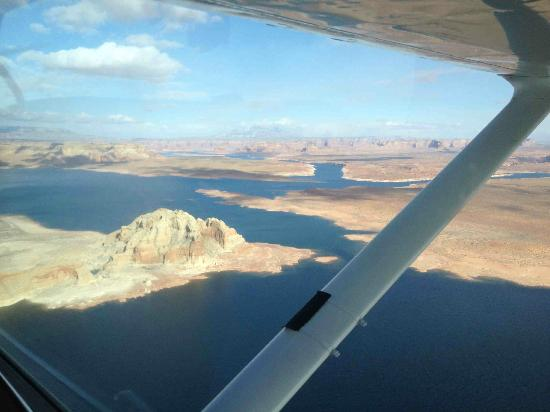 Westwind Air Service: Lake Powell 2
