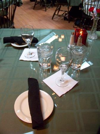 Farmhouse Restaurant: They have a large wine selection to choose from