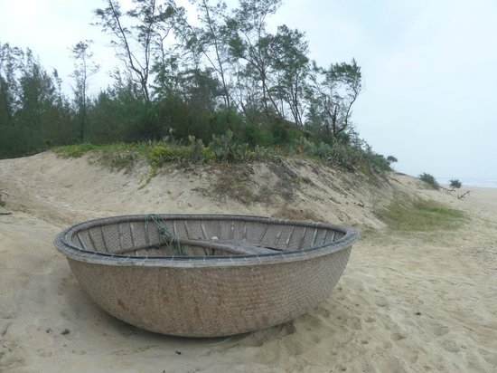 Cua Dai Beach: Fisherman's basket