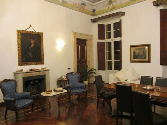 B&B Palazzo del Duca : サロン