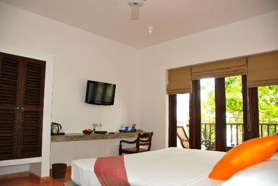 Kingfisher Hotel: chambre autre vue