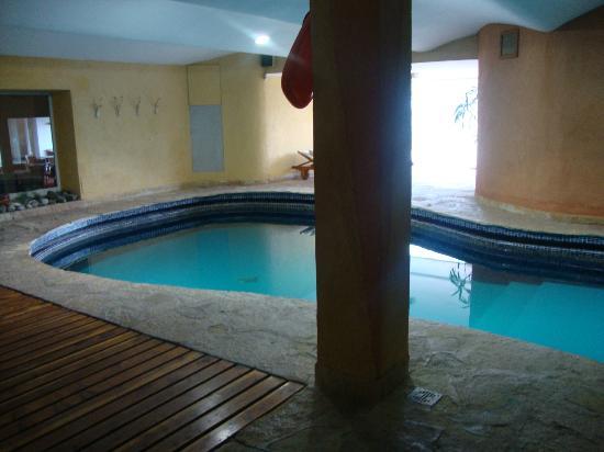 La Cascada Hotel: piscina