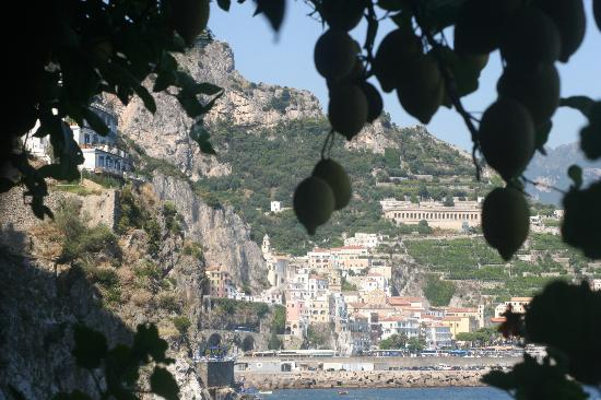 Santa Caterina Hotel: near the separate suites on the property