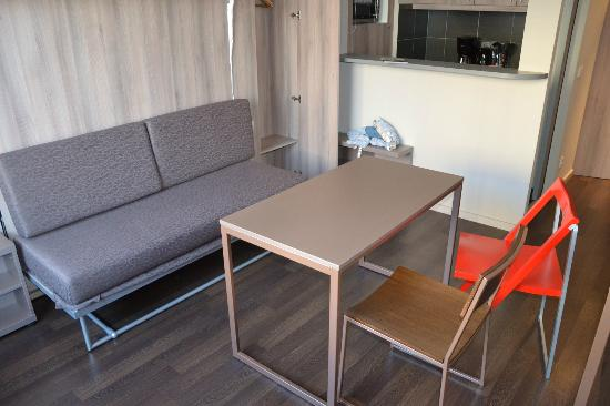 Adagio Berlin Kurfurstendamm: Self made living area