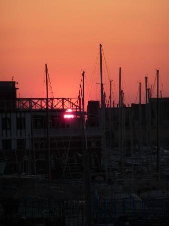 Residence Al Granzo: View over the marina