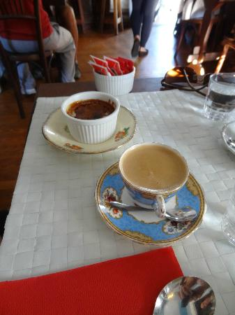 Philomène Café: Café com creme brullé de doce de leite