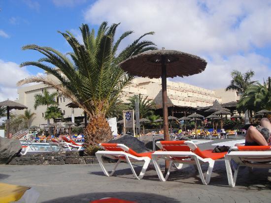 Beatriz Playa & Spa: Pool area