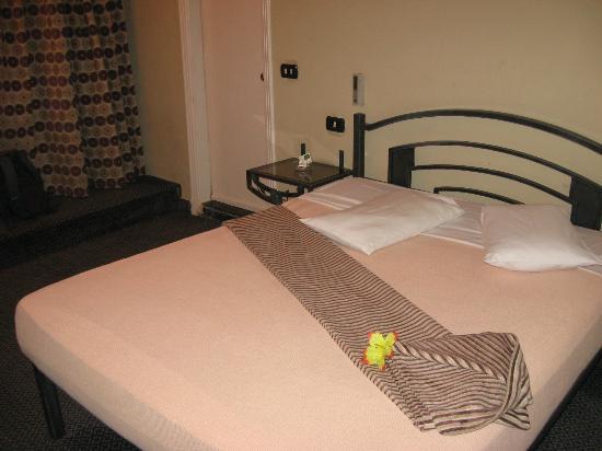 Havana Hotel: A bedroom