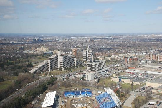 The Montreal Tower / La Tour de Montreal: View from the tower
