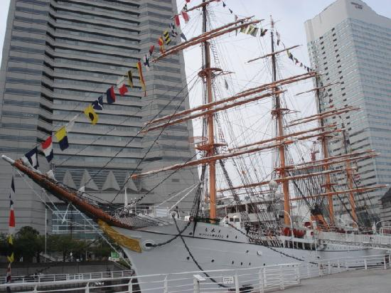 Sail Training Ship Nippon Maru: 日本丸