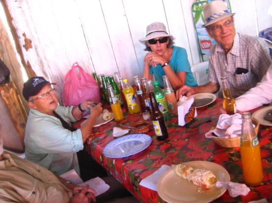 Artlalli: Enjoying the local food (safely)