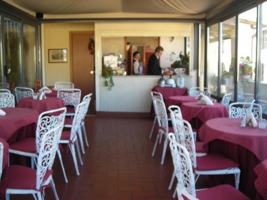 Hotel Madrid: sala colazione