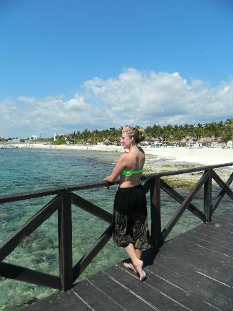 Ocean Breeze Riviera Maya Hotel: The view of the Mayan Palace beach