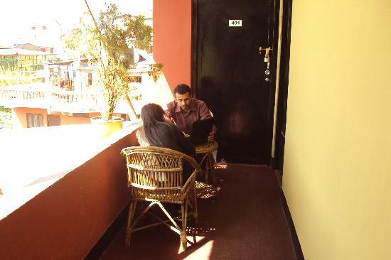 Pariwar B&B: Enjoy the outside room weather