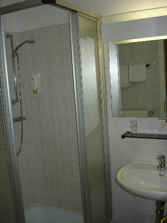 Best Western Hotel Kaiserhof: Badezimmer mit Dusche