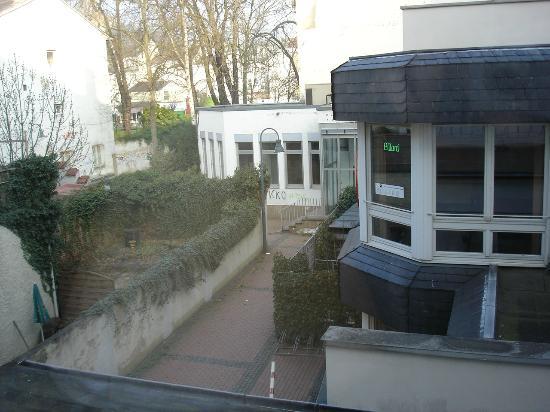Best Western Hotel Kaiserhof: Blick aus dem Zimmer in Hinterhöfe