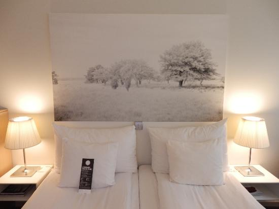 Clarion Hotel Sign: My bed