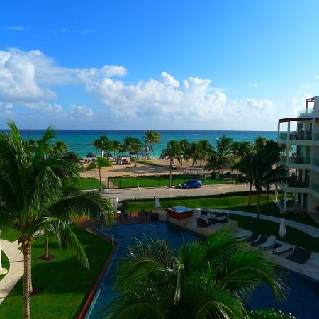 The Elements Oceanfront & Beachside Condo Hotel: View from room