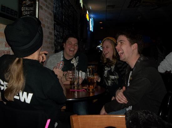 ZaZa's Pub & Pizzeria: Always a good time!