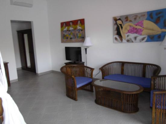 Aquarius Beach Hotel Sanur: Decore is easy on the eye