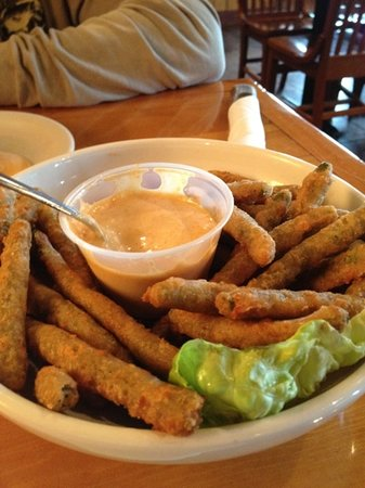 Whiskey Creek Wood Fire Grill: fried green beans...mmmm!
